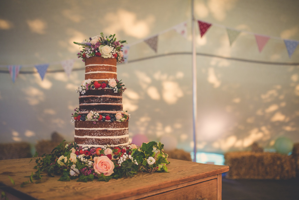 wedding cake in strech tent event